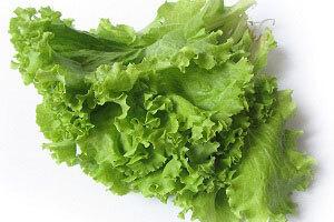 самая полезная зелень салат